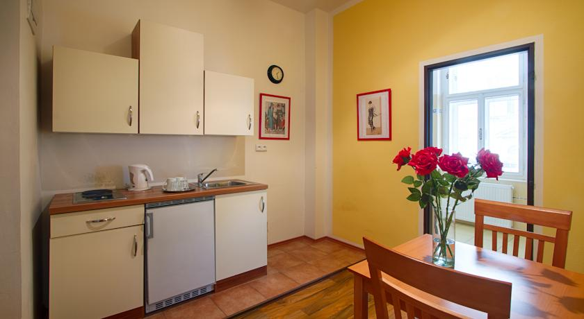 Spacious and cozy apartment in City center of Prague for four people photo 5841718