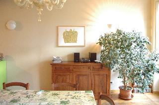 Lucca, Italia Apartamento #RU40433