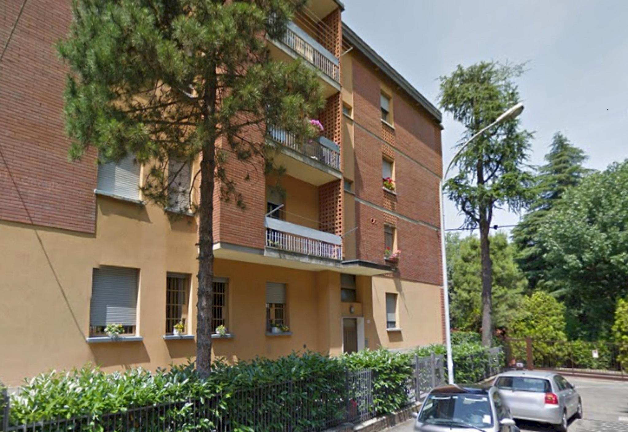 Bologna, Italien Lejlighed #RU127339